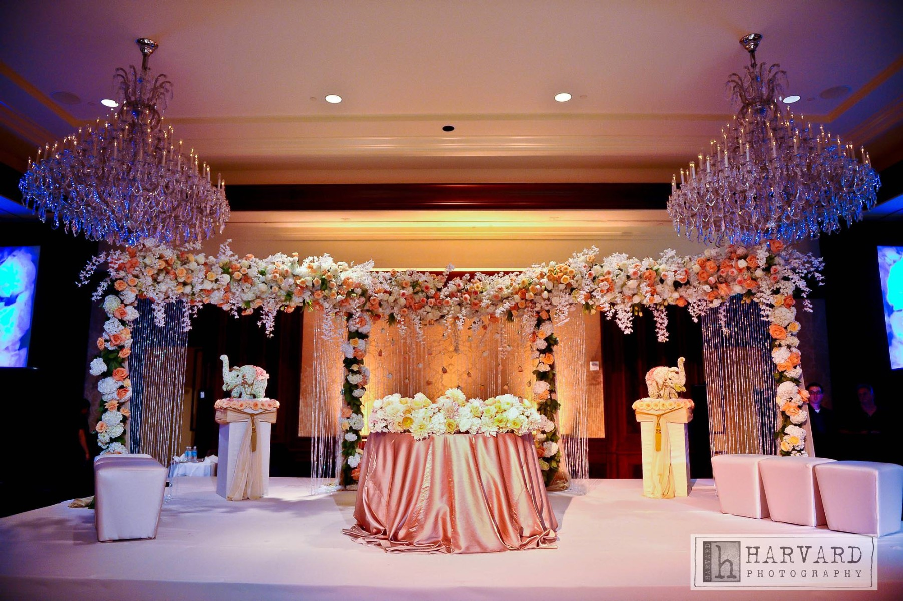 Anupama-and-Vamshi-wedding-Four-Season-West-Lake-7-web