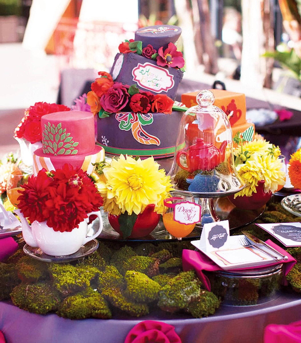 nisies-enchanted-florist-orange-county-Alice-and-Wonderland-event-8