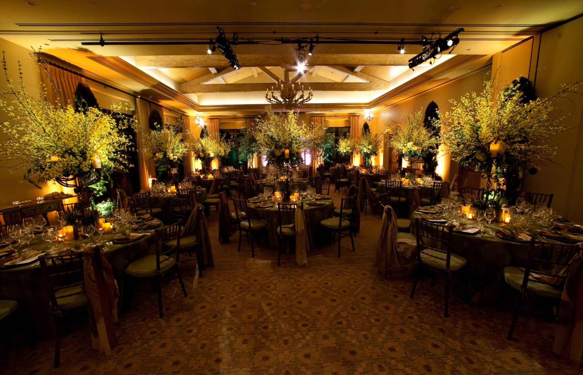 nisies-enchanted-florist-orange-county-Chevrolet-Pelican-Hill-Resort-event-8
