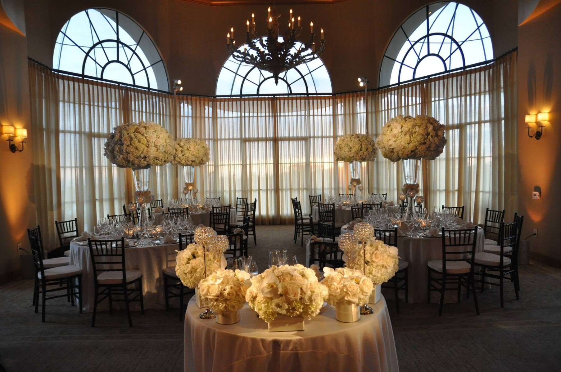 nisies-enchanted-florist-orange-county-Stephanie-and-TJ-Pelican-Hill-Resort-wedding-11