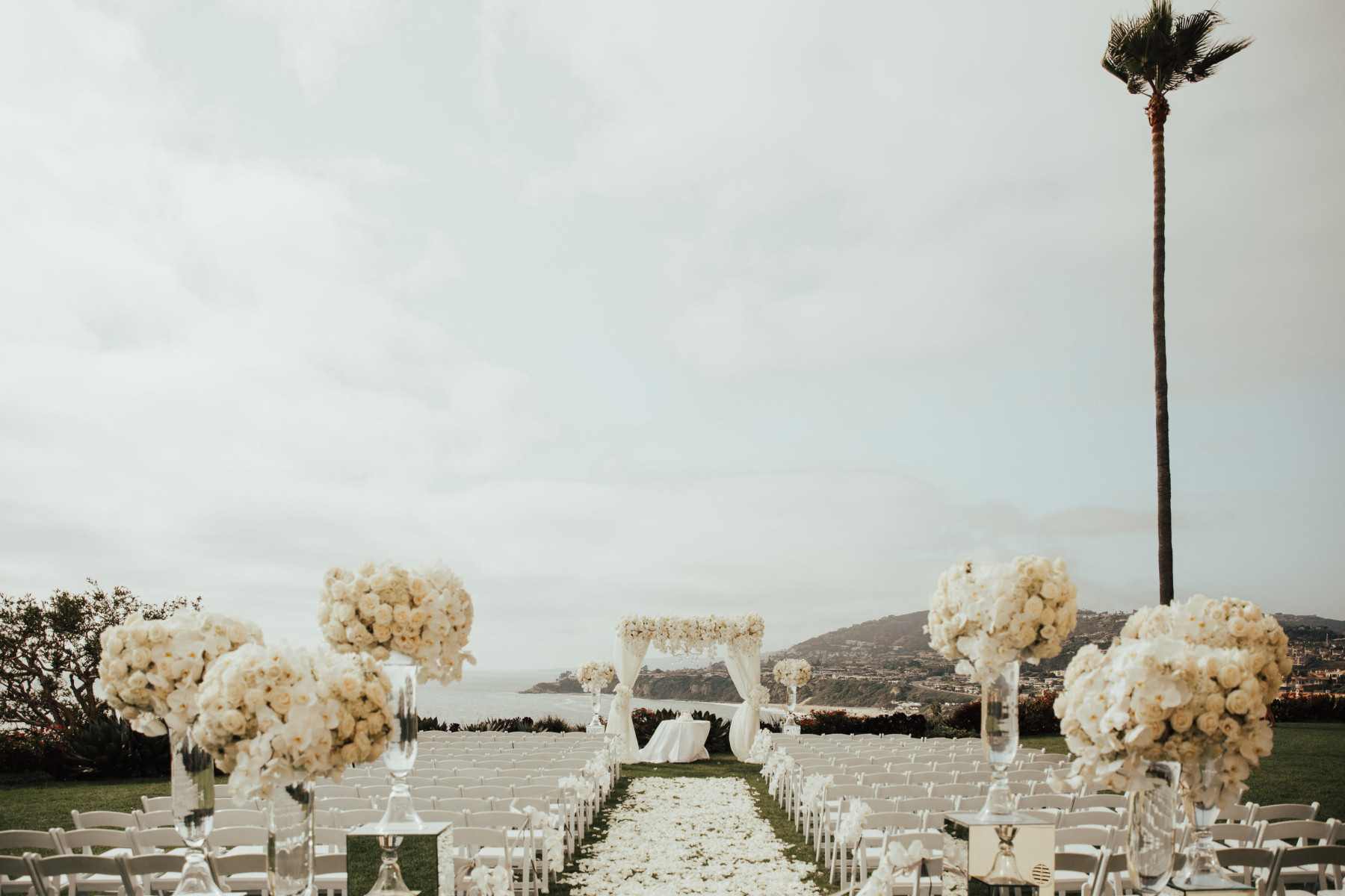 View More: http://brogenjessup.pass.us/amandacoreywedding